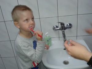 mycie zębów porady